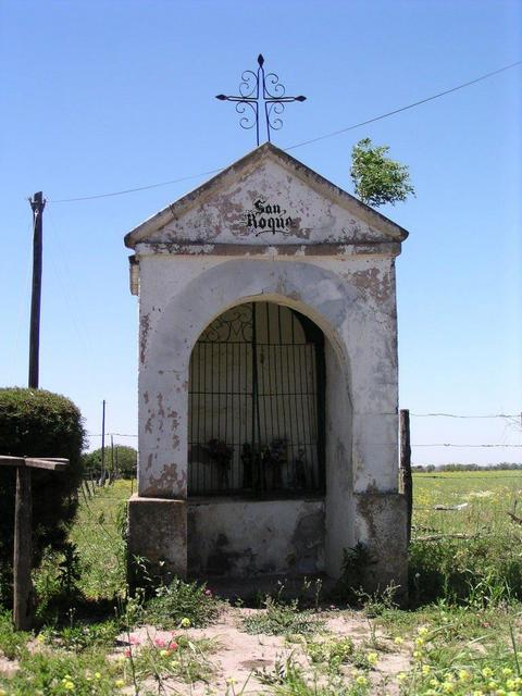 a small memorial to honor San Roque
