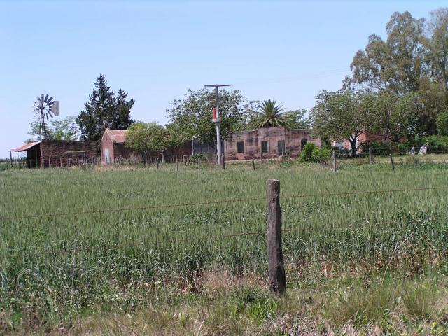 a small farm about 1.5 km East of the confluence