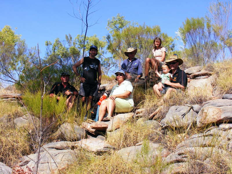 Top End 4WD Club members