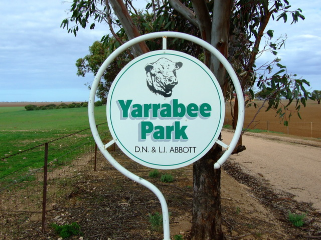 Entrance Sign to Yarrabee Park on Koch's Road
