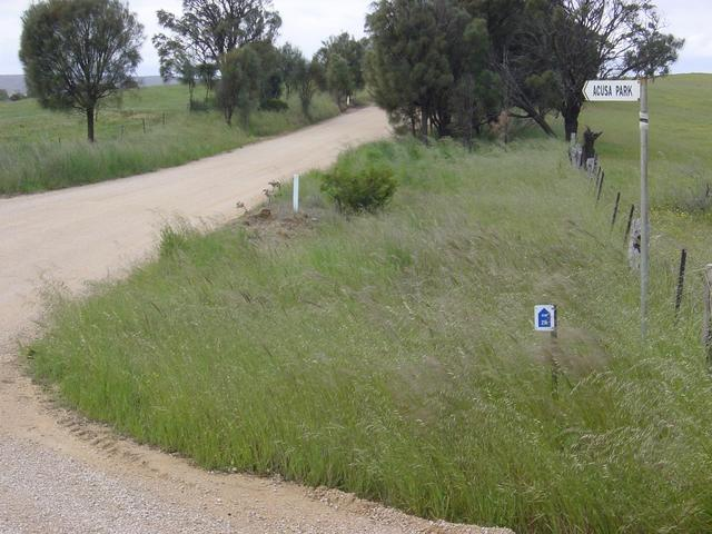 Acusa Park turn-off on Military Road