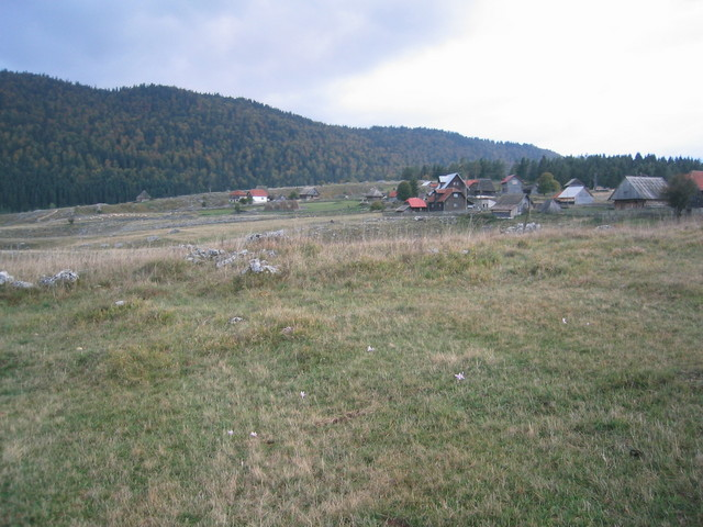 General and West view of the confluence: most of Džimrije-Devetok seen in background