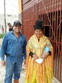 #10: En compañía de la dama Boliviana / Accompanied by the Bolivian lady