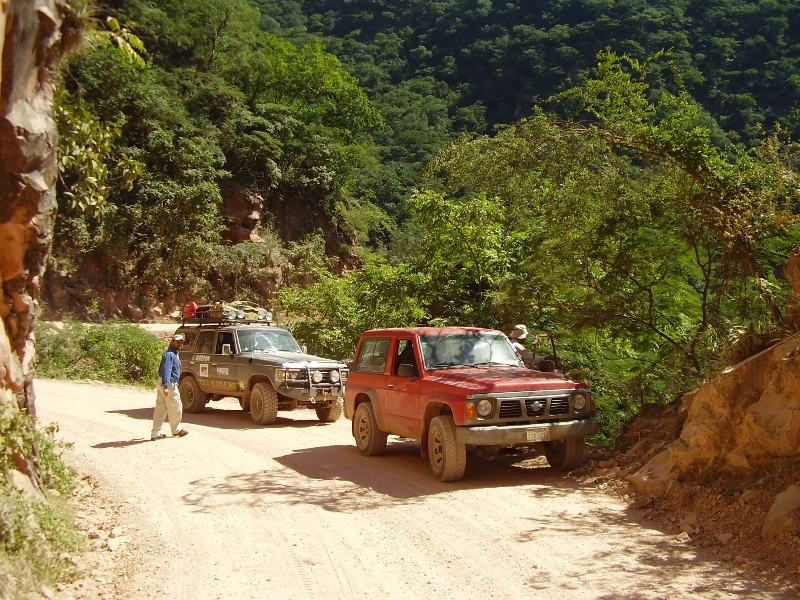 Los 4x4. Our 4x4 vehicles
