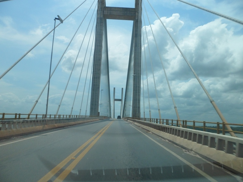 Ponte estaiada sobre o rio Guamá - cable-stayed bridge over Guamá River