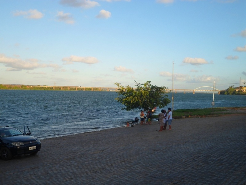 Cidade de Propriá, Sergipe, rio São Francisco e o estado de Alagoas ao fundo - Propriá city, Sergipe state, São Francisco river and Alagoas state at the background