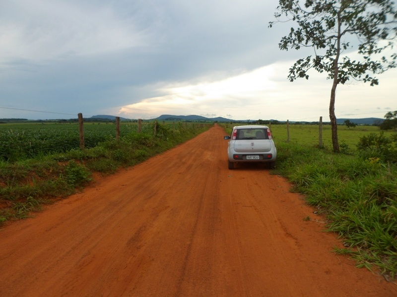 Parei o carro a 1.400 metros da confluência - I stopped the car 1,400 meters to the confluence