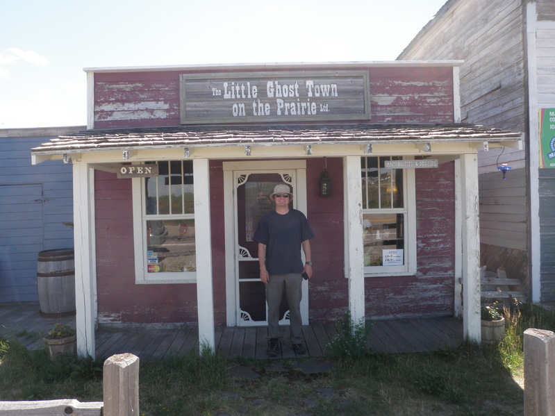 The Little Ghost Town on the Prairies - Del Bonita