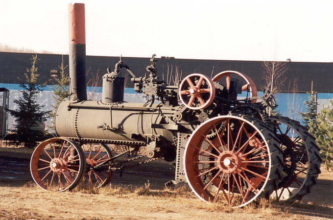Town of Athabasca: Self-propelled steam tractors like this were used to power threshing machines at the beginning of the twentieth century.