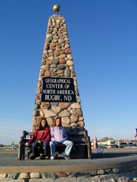 Monument at the geographic center of North America