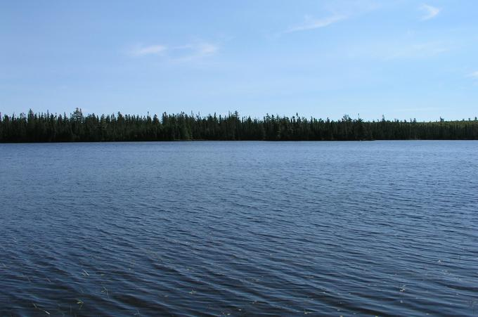 Vue du lac Joybert. / View of the Joybert Lake.