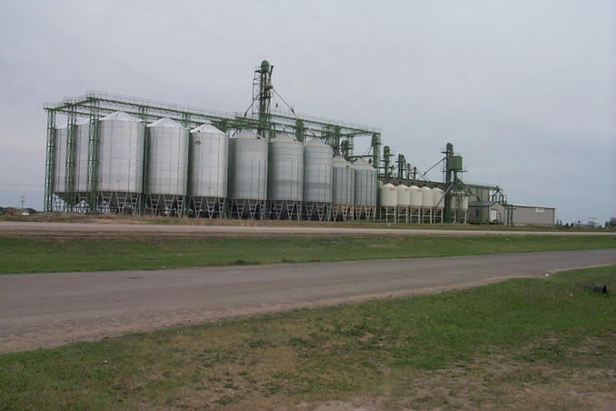 """Prairie Pulse"" seed processing facility at Vanscoy."