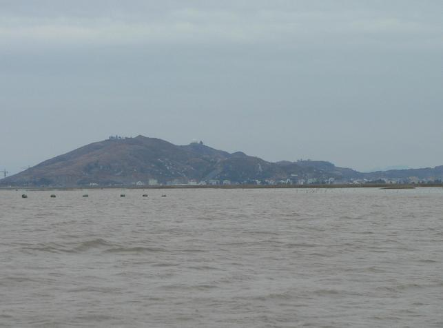 Looking west towards Huanghua, on the other side of the promontory (12x magnification)