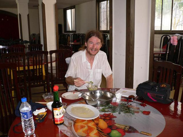 Targ enjoying lunch in Zhanghe.