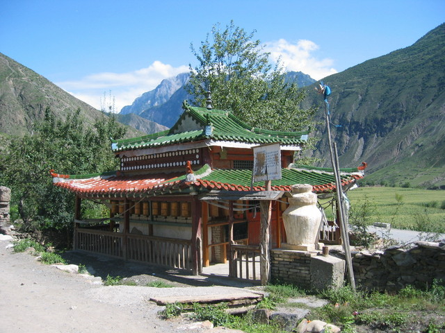 Tibetian Temple in Luoda