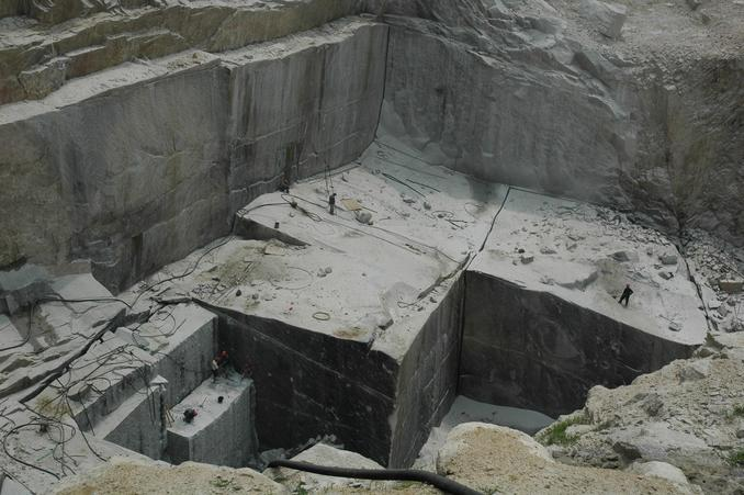 The deep pit of granite quarry