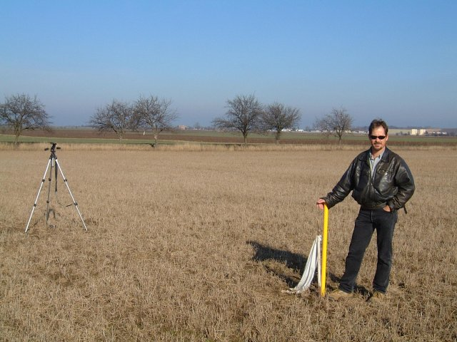 Difference of opinion!  Mark Pautz at the yellow stake marking the official confluence position.