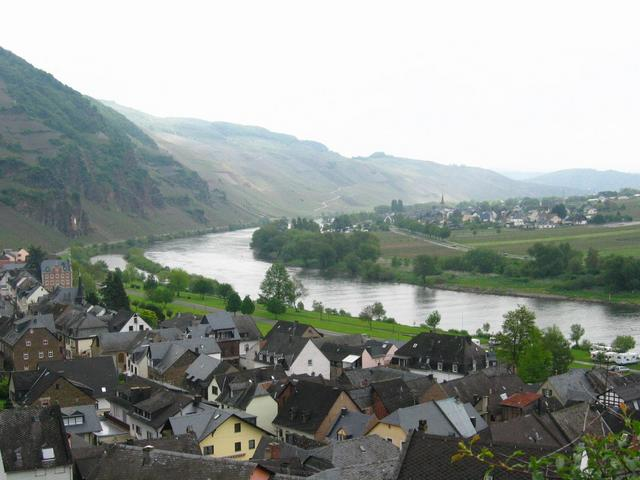 View to the Mosel Valley from Ürzig