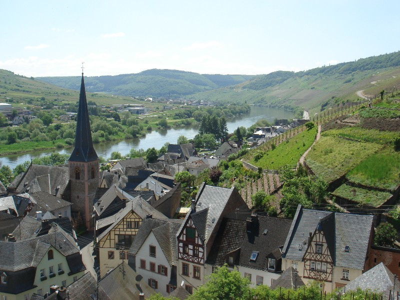 Beautiful Ürzig on River Mosel