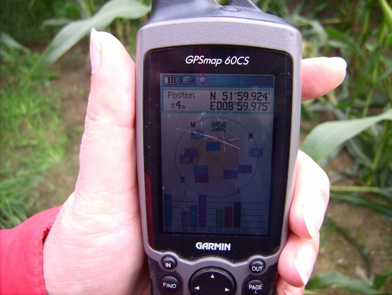 Ablesung am GPS / GPS reading