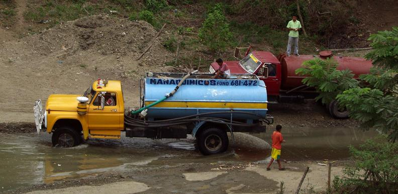 Water sellers truck - filling up