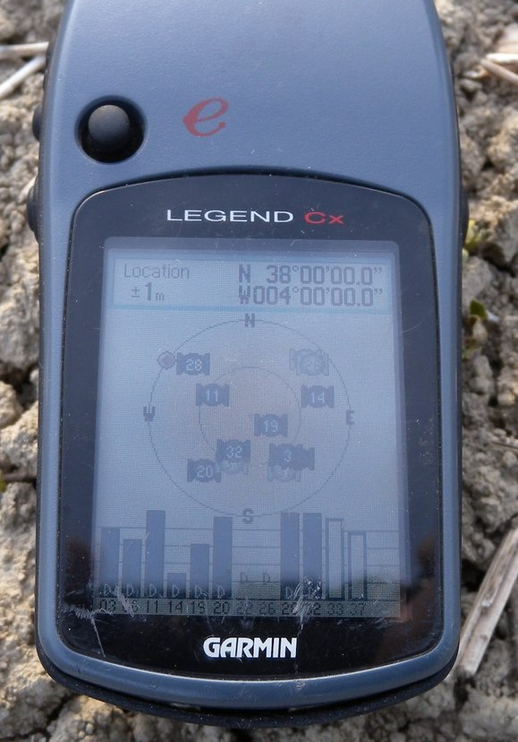 GPS Reading (1 m accuracy !)