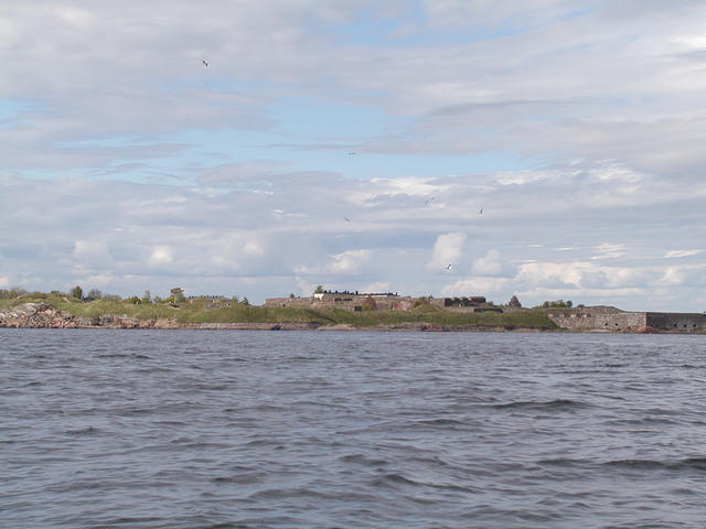 World Heritage Fortress of Suomenlinna situated in front of Helsinki and therefore on our route.