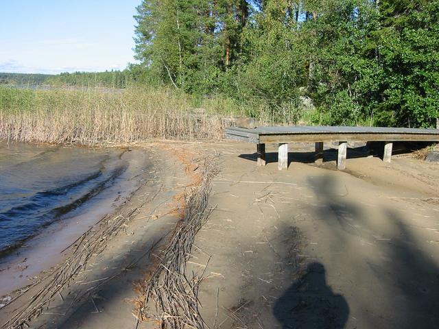 A dock far away from the water, due to a dry summer (60m from confluence).