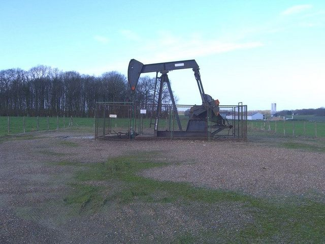 Ölförderanlage / Oil pump