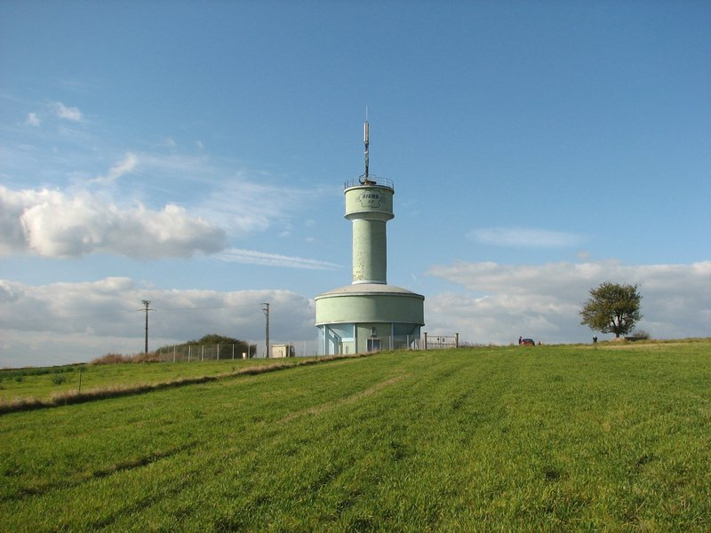 The water tower seen from a distance