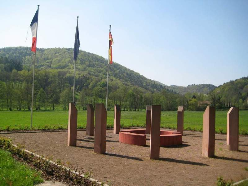 Memorial at the German-French border