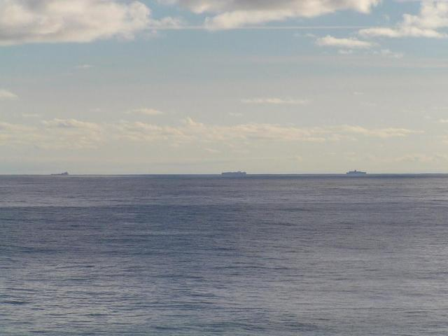 An uninterrupted chain of ships rounding Ushant