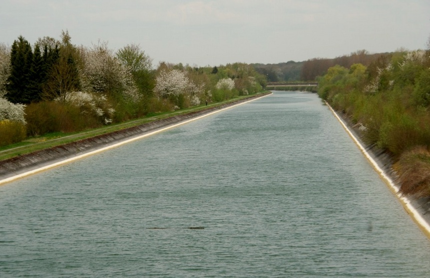 Canal du Nord in Moislains