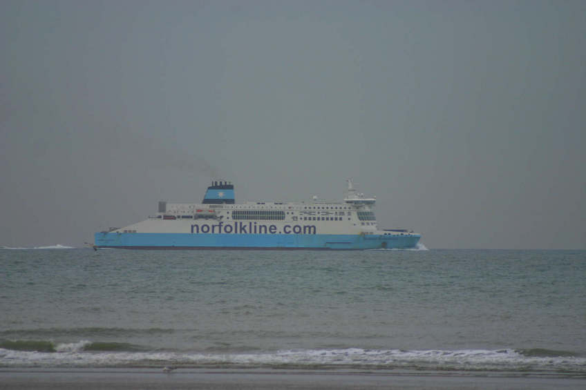 The ferry passing 51N 2E