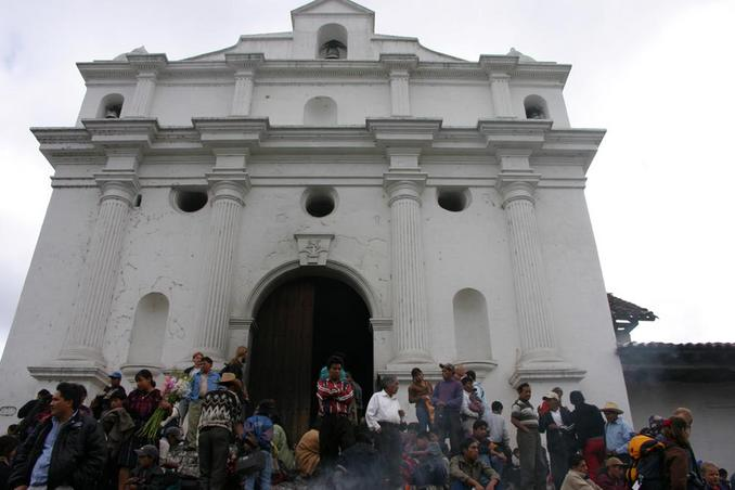 The church of Santo Tomas in Chichicastenango.