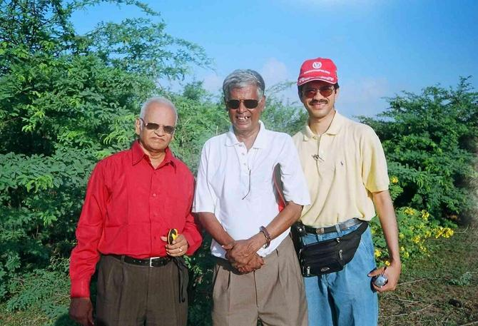 Nagaraj, Nath and Lakshman at 10N79E