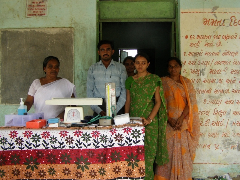 Lakshmipura health center and staff that helped us reach the Confluence