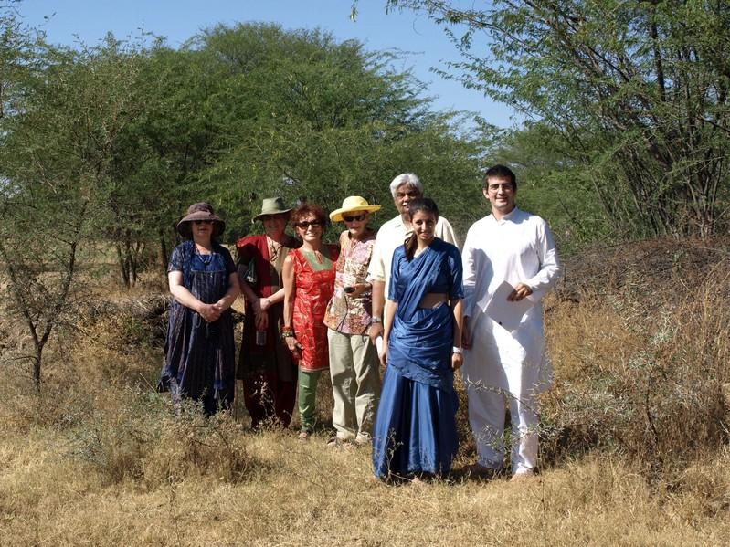 At The Confluence: Paula S, Joanne O'Donnell, Marilyn Ruman, Les Klein, Dinesh Joshi, Emma Joshi, John Herman