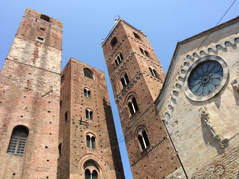 "#8: ""Le Torri"" and the Cathedral of Albenga"