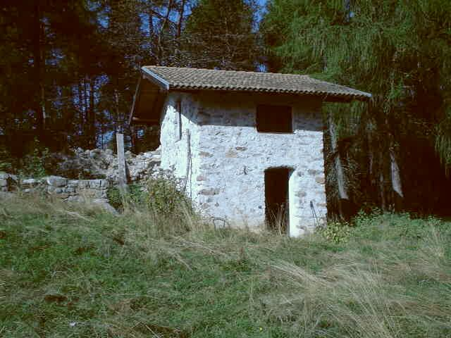 A small stone house, 200m from the point