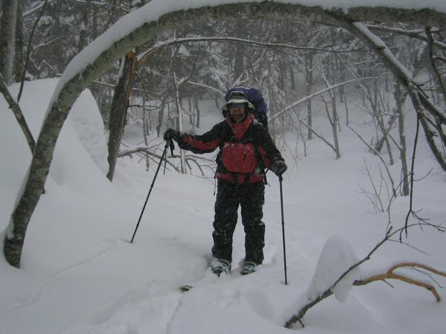 Mitch in the heavy snow of our 1st day.