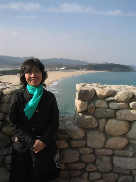 Mrs. Jang at N. Korean border observatory