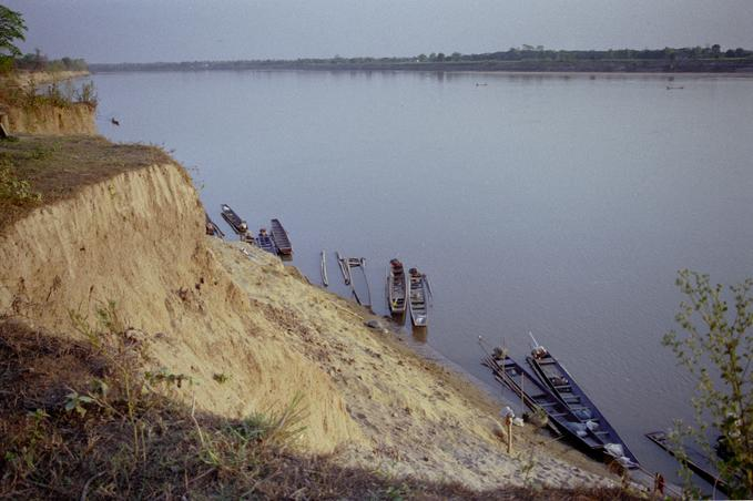 Boats on the Mekong about 1km due south of confluence