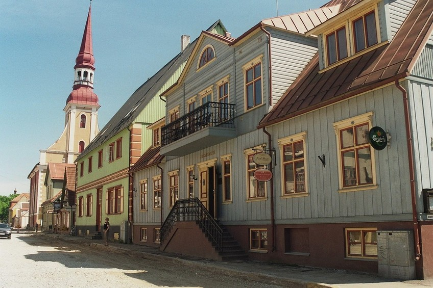the old town of Pärnu, 60 km north-west of the CP
