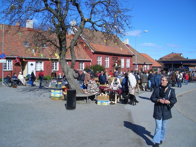 Easter jumble sale in Stavern