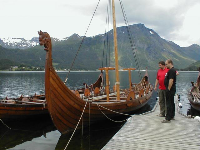 Close to the confluence, in Bjørkedalen, they build viking longships. Ragnar Torseth has crossed the atlantic in one built here