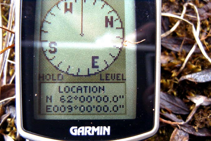 The reading of the Garmin etrex summit.