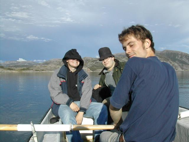 Erling and Kristian in the back and Finngard rowing