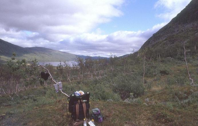 Lunch break near the base of Getsklumpen, 300m away from CP