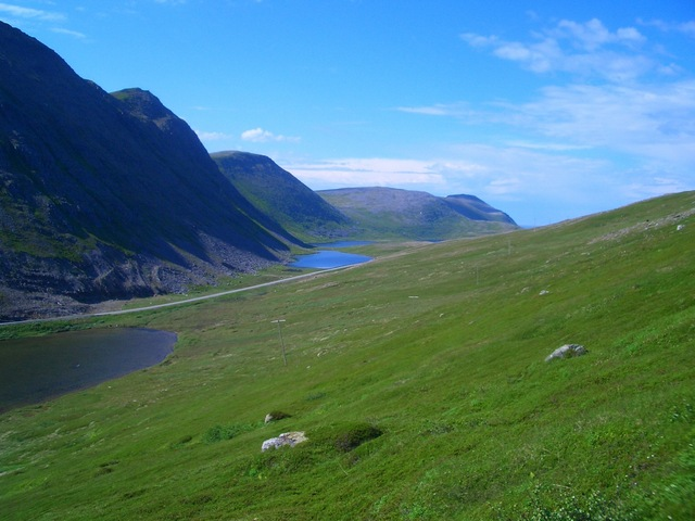 Landscape between confluence point and Tufjord